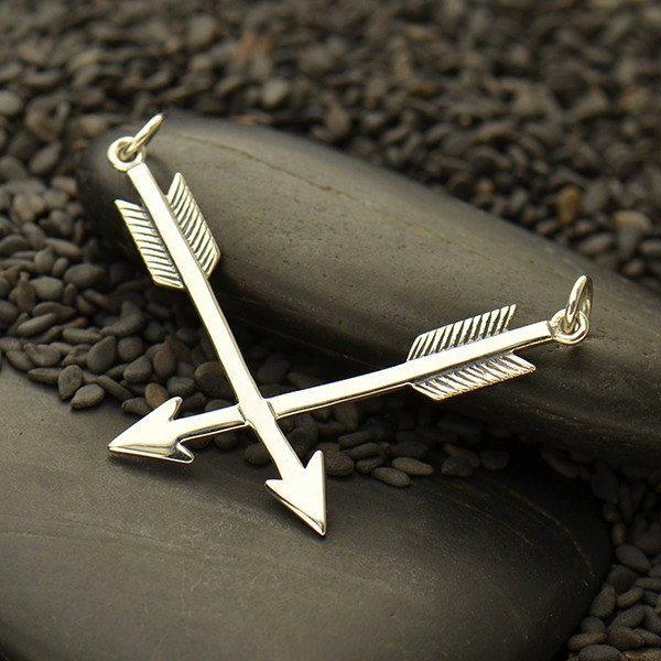 Crossed Arrows Pendant - Silver Links - C1778, Archery, Hunter, Sportsman, Love, Friendship, Native Americans