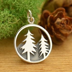 tree and mtn Pendant